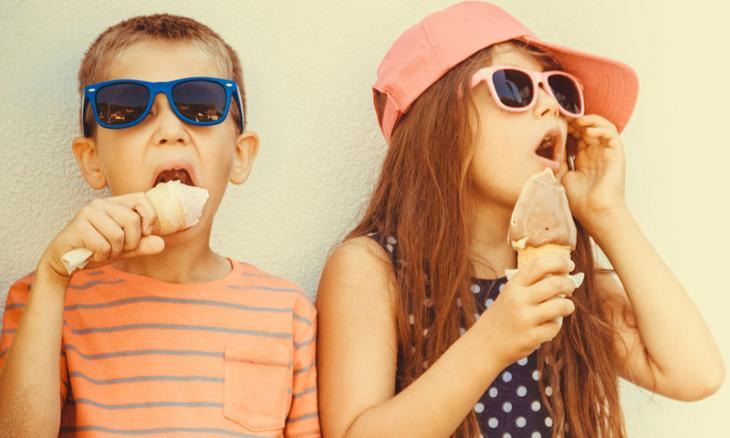 Όσο πιο πολλά γλυκά τρως, τόσο πιο βίαιος γίνεσαι!