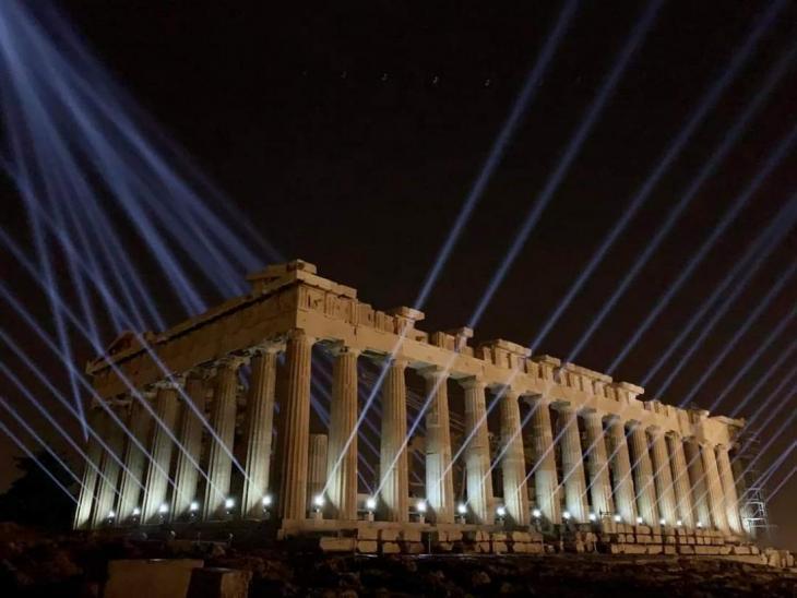 Η Ακρόπολη με νέο φωτισμό