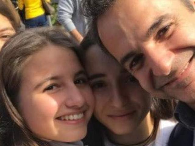 Κυριάκος Μητσοτάκης: Selfie με την κόρη του Δάφνη