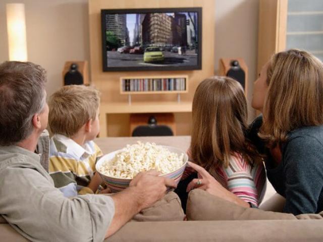 Πόσες ώρες βλέπεις τηλεόραση;