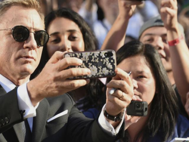 Ακυρώνεται η πρεμιέρα του 007 λόγω...κορωνοϊού