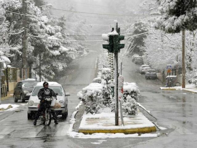 Χιόνια και στην Αττική αύριο